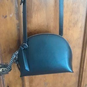 Banana Republic crossbody purse leather